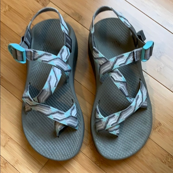 3650d886a38b Chaco Shoes - Chaco zCloud. 8 wide. Gray. Guc.